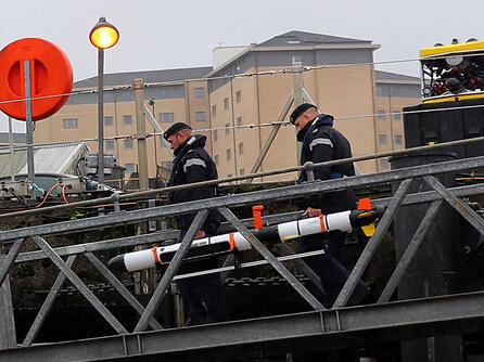 © UK MOD L3Harris Iver3 AUV being loaded onto RN Vessel. Photo: LPhot Will Haigh